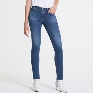 AG Prima Mid-Rise Cigarette Ankle Jeans